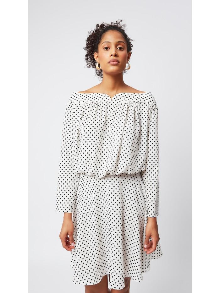 Kayık Yaka Puantiyeli Elbise