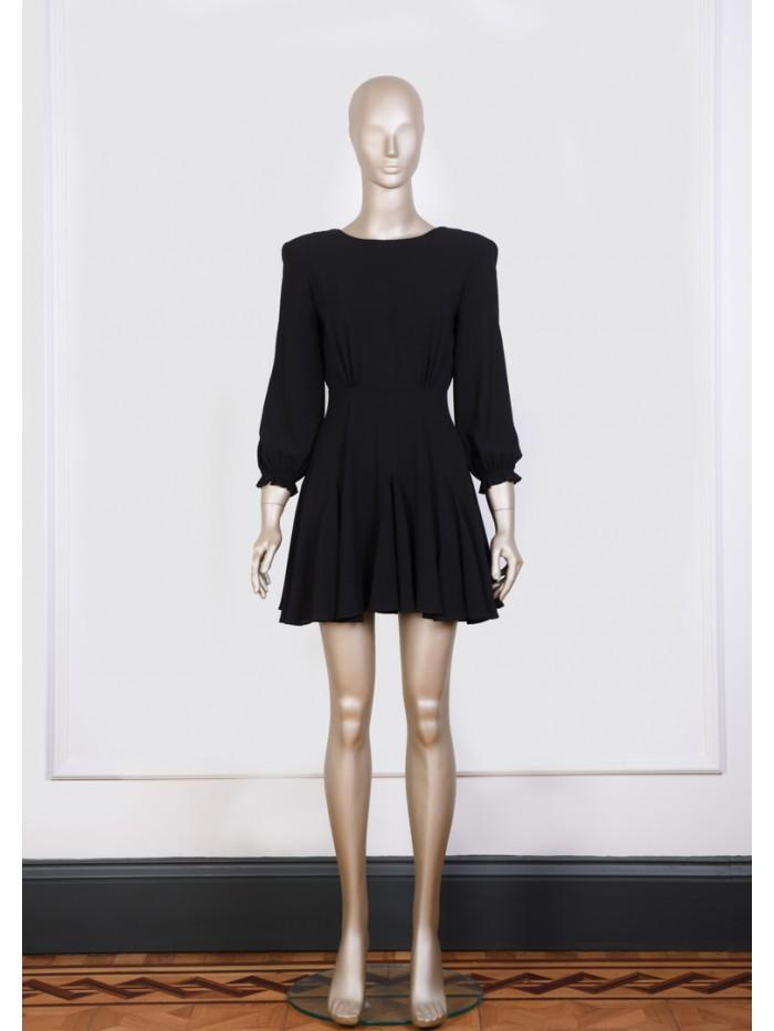 Vatkalı Siyah Elbise